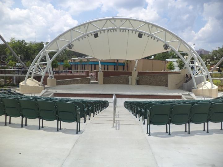 Cascades_Park_(Tallahassee),_Capital_City_Amphitheater.JPG